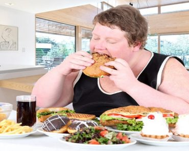 Eating immoderate